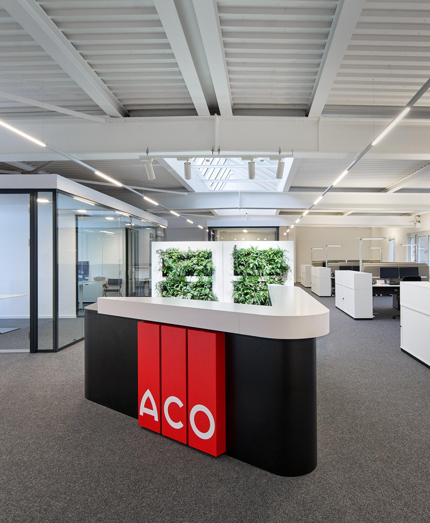 Interieuraufnahmen eines modernisierten Großraumbüros der ACO Passavant GmbH in Phillipsthal // Entwurf: hks architekten, Erfurt