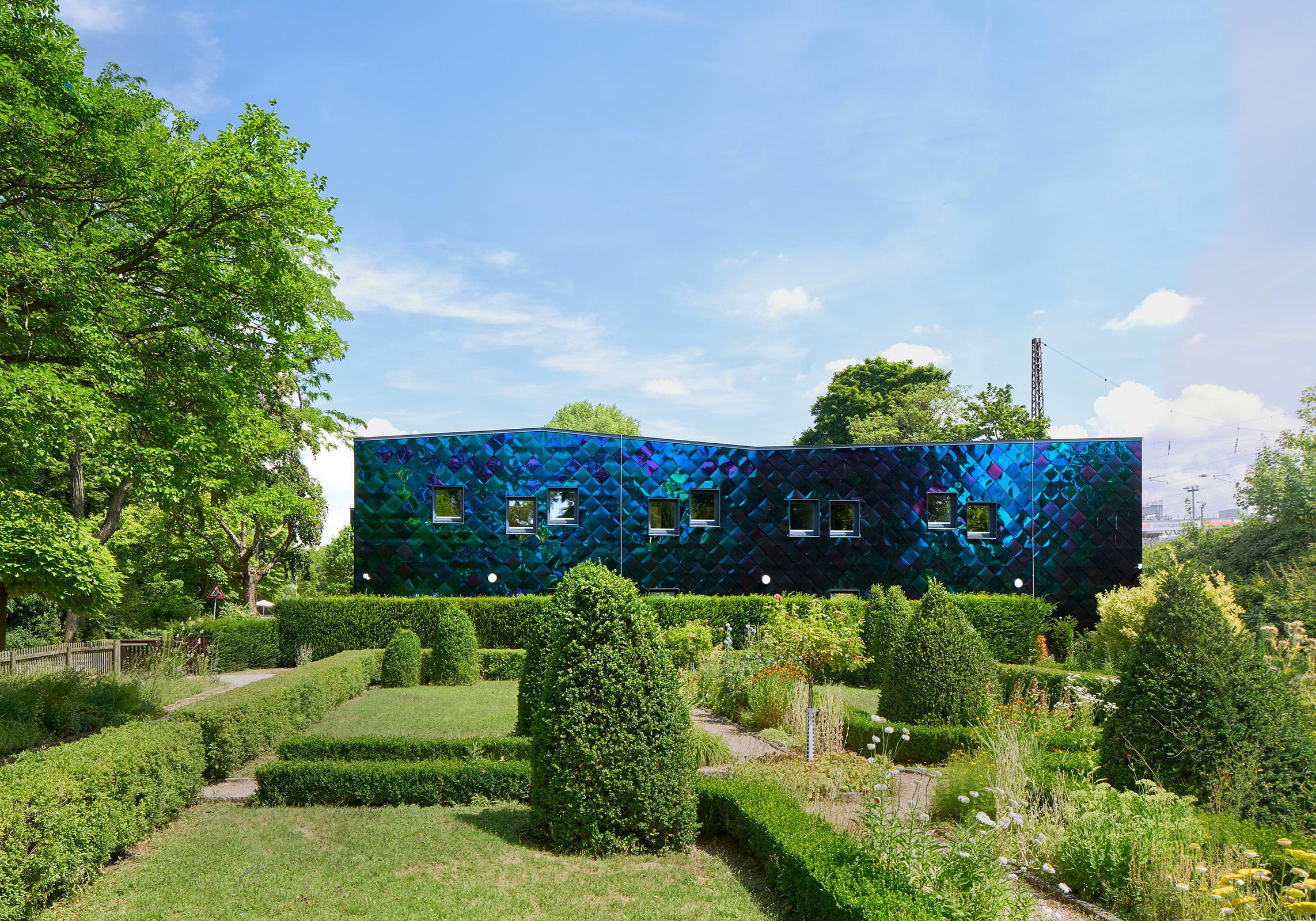 Übernachtungsstätte für Obdachlose im Ostpark, Frankfurt am Main // Konzept & Entwurf: Michel Müller / Studio MC, Darmstadt // Ausführung: hks architekten, Erfurt