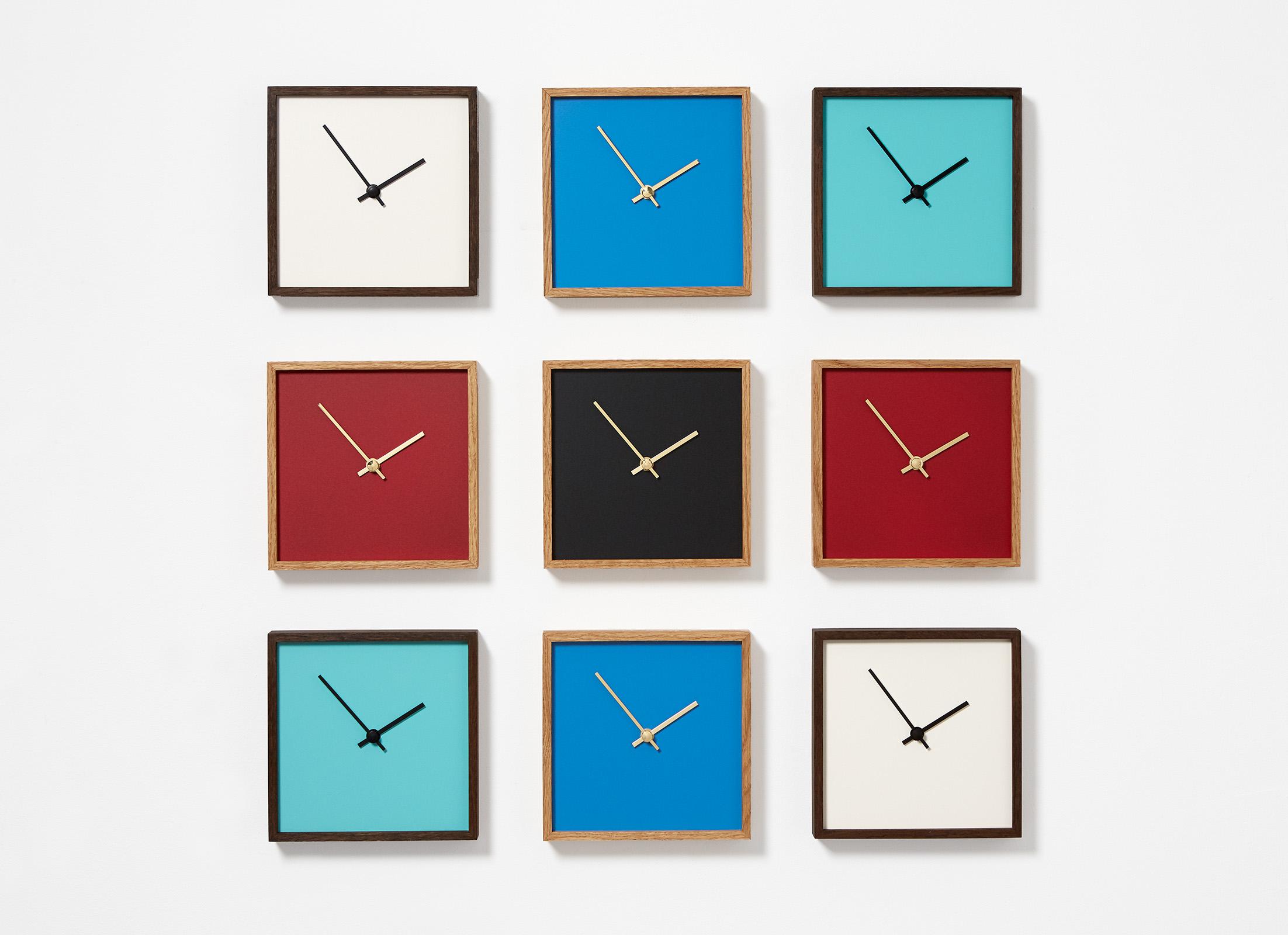 """Tabletop-Fotoaufnahmen von Design-Objekten: """"The Square"""" Wand- und Standuhr hergestellt von Constantin Lindner // www.constantin-lindner.de"""